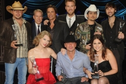 CMT artists of the year.jpg