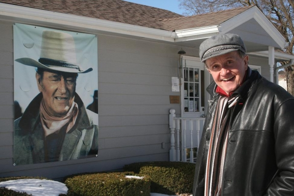 Whisperin' Bill Anderson Visits The Home Of The Duke